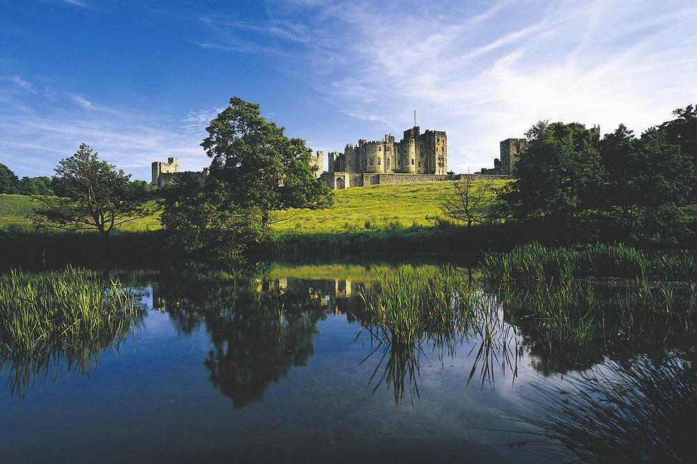 Alnwick Castle, Northumberland (graeme-peacock.com)
